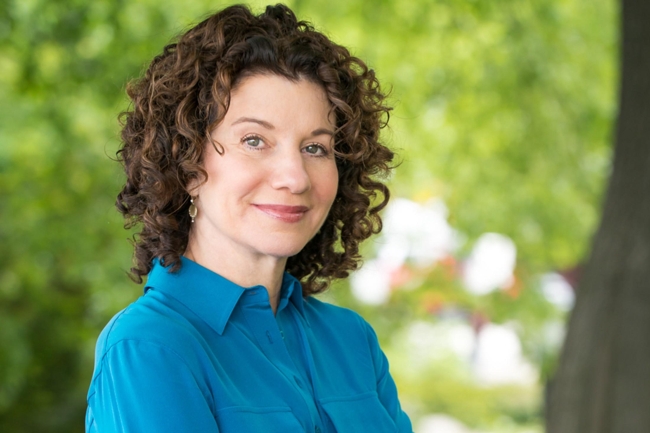 portait image of Dr. Gail Saltz